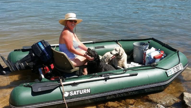 надуваема лодка